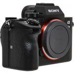 Appareil Photo Hybride Sony A7 III - Boitier nu, Capteur plein format 24 MP (via coupon de 218€13)