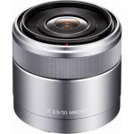 image produit Sony Objectif Macro SEL-30M35 Monture E APS-C 30 mm F3.5,Argent - livrable en France