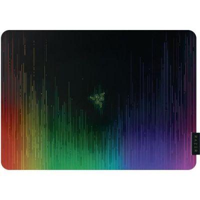 image Razer Sphex V2 - Tapis de Souris Gaming Mousepad, Compatible Souris Laser & Optique Laser, Ultra mince, Finition en polycarbonate et Nouveau Design Chroma