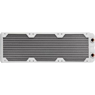 image Corsair Hydro X Series, XR5 Radiateur de 360 mm (Triples Fixations Ventilateur de 120 mm, Installation Facile, Construction en Cuivre Premium, Guides de Vis de Ventilateur Inclus) Blanc