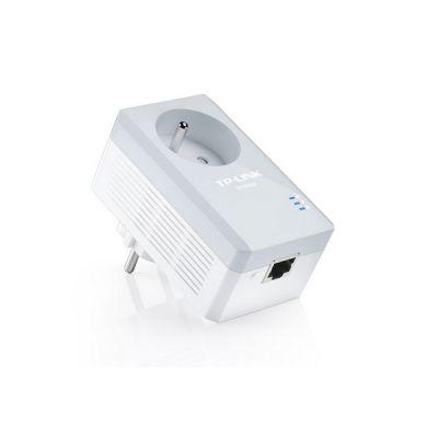 image TP-Link CPL 600 Mbps avec Prise Intégrée et Ports Ethernet, Prise CPL, compatible avec tous les Anciens Modèles et toutes les box internet, TL-PA4015P