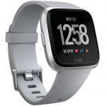 image produit Fitbit Versa - Montres Connectées Forme, Sport et Bien-être : Plus de 4 Jours d'autonomie, Étanche, Suivi Fréquence Cardiaque, Argent